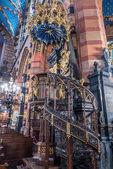İç Bazilika, Krakow, Polonya — Stok fotoğraf