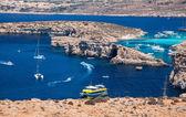Blue lagoon at Comino - Malta — Stock Photo