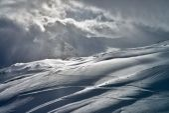 Vale de montanha Baksan, Elbrus e Cheget, Rússia. — Fotografia Stock