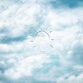 Conceptual cloudscape background with lightbulb sketch — Stock Photo