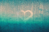 Blurry grunge heart symbol — 图库照片
