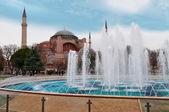 Aghia Sophia in Istanbul, Sultanahmet Square — 图库照片