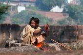 Indian Sadhu near palace in Orchha — Stock Photo