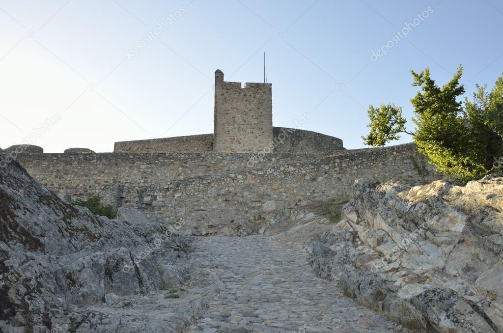 Torre medievale nel castello di marvao foto editoriale for Piani di casa castello medievale
