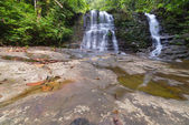 Rainforest waterfall — Stock Photo