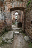 Roman arches in the old town of Ostia, Rome, Italy — Stock Photo