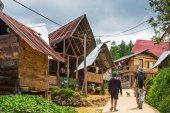 Exploring traditional village in Tana Toraja — Stock Photo