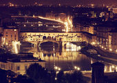 Florence, Arno River and Ponte Vecchio by night. — Stock Photo
