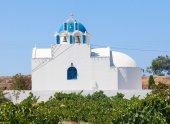 Chapel in the vineyard.Santorini island. Greece. — Stock Photo