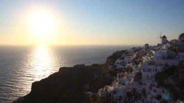 Sunset Oia village — Stock Video