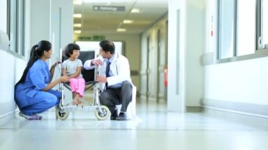 Pediatrician Little Asian Indian Girl Wheelchair Hospital Corridor — Stock Video