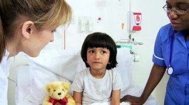 Multi Ethnic Nursing Staff Child Patient — Stock Video