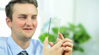 Business using modern wireless video calling — Stock Video