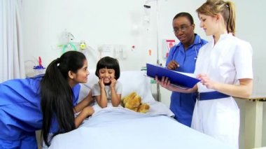 Nursing Staff Recording Treatment Child Patient — Stock Video