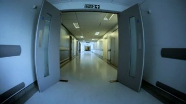 Empty Corridors Modern Health Facility Wide Angle — Stock Video