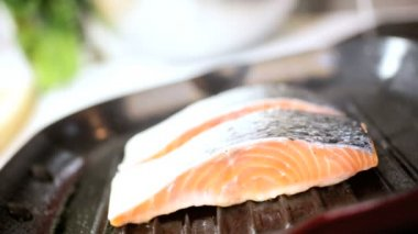 Cooking Healthy Low Fat Red Jack Salmon Steaks — Stock Video