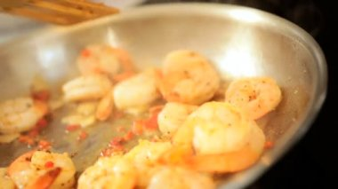 Preparing Family Meal Freshly Cooked Prawns — Stock Video