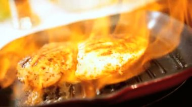 Flame Cooking Boneless Chicken Healthy Meal Option — Stock Video