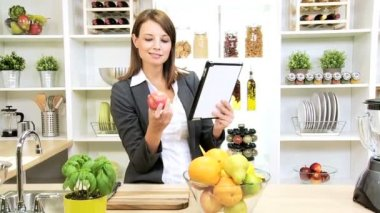 Caucasian Businesswoman Recipe Wireless Tablet Healthy Living — Stock Video