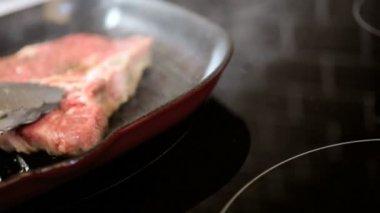 Cooking Healthy Lean T-Bone Steak Hot Griddle — Stock Video