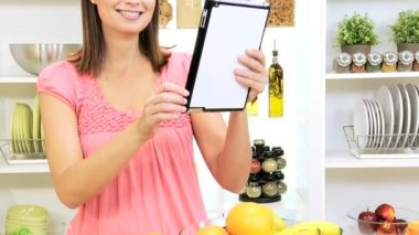 Caucasian Female Wireless Tablet Recipe Home Kitchen — Stock Video