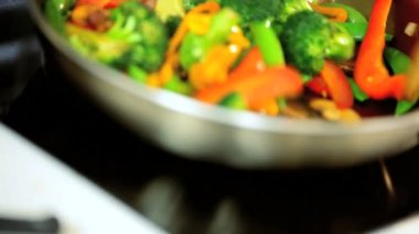 Colourful Organic Stir Fried Vegetables — Stock Video