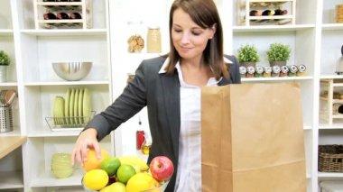 Caucasian Business Female Shopping Trip Fresh Fruit — Stock Video