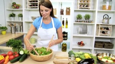 Healthy Caucasian Girl Preparing Fresh Salad Vegetables — Stock Video
