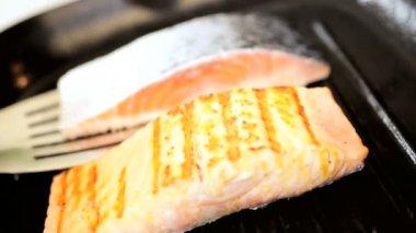 Hot Smoking Pan Cooking Fresh Salmon Steak — Stock Video