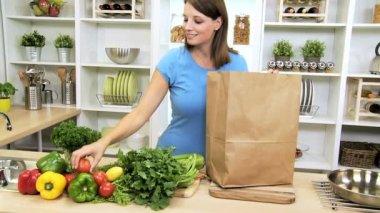 Caucasian Female Fresh Vegetable Selection — ストックビデオ