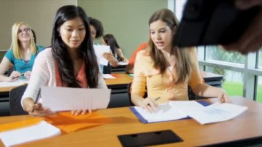 College students in classroom — Stock Video