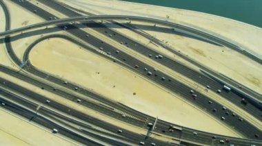 Modern desert roadway interchange system — Stock Video
