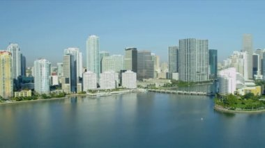 Luxury hotels and condominiums Brickell Key — Stock Video