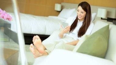 Woman having video conversation — Stok video