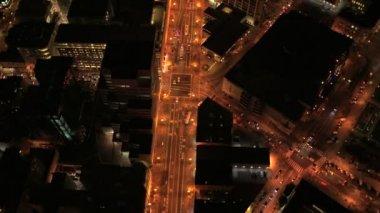 高層ビル街や通勤交通 — ストックビデオ