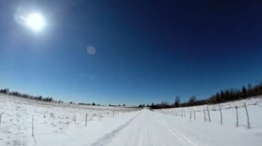 Road driving on snow terrain — Stock Video