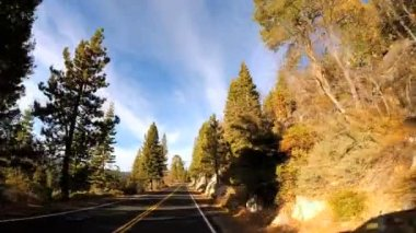 Driving through Sonora mountain Pass — Stok video