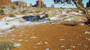 Monument Valley Colorado Plateau Tribal Park desert Sandstone Buttes — Stock Video