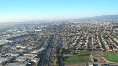 Aerial suburban Highway, San Francisco — Stock Video