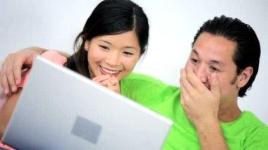 Couple using Wireless Laptop — Stock Video