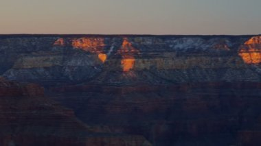 Dawn sunrise Grand Canyon Plateau National Park panning snow, Arizona, USA — Stock Video