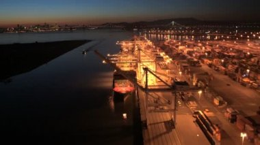 Container Docks Oakland Estuary Port — Stock Video