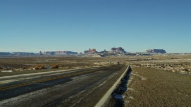 Monument Valley US Route 163 snow Colorado Plateau — Stock Video