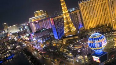 Illuminated Eiffel Tower, Las Vegas Blvd The Strip — Стоковое видео
