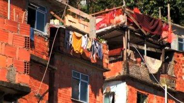 Hillside favela residential housing in Urban area Rio de Janeiro — Stock Video