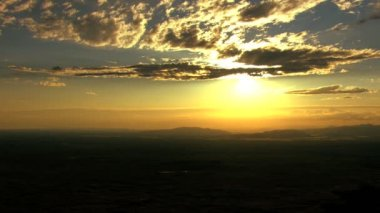 Aerials USA Idaho sunset sky clouds travel scenic vacation — Stock Video