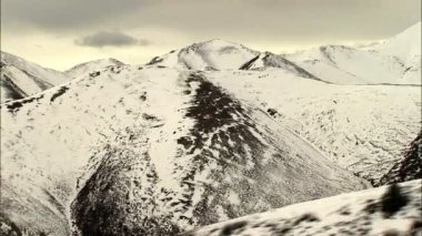 Alaska National Park with snowcapped Peak — Stock Video