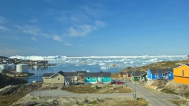 Ilulissat town colored houses — Stock Video