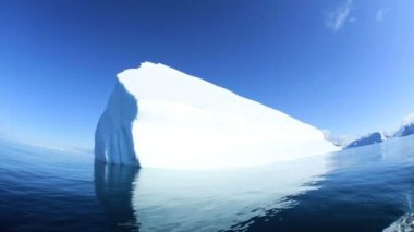 Iceberg glaciale della Groenlandia di Disko bay — Video Stock