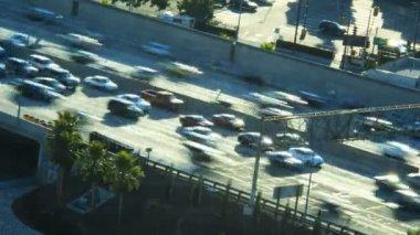 Freeway commuter traffic vehicle in California — Stock Video
